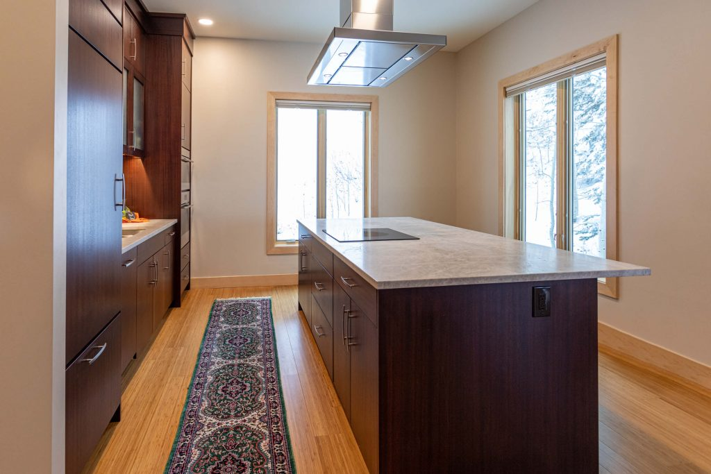Sandy Condo Remodeler with modern Kitchen Remodel