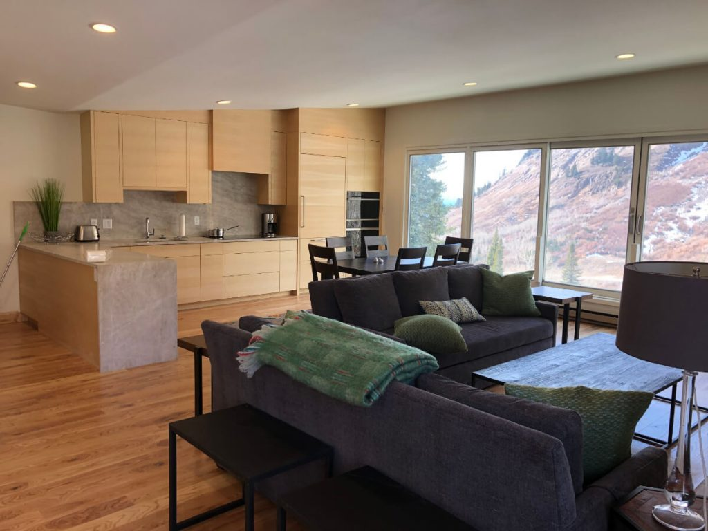 Sandy Condo & Kitchen Remodeling Contractor
