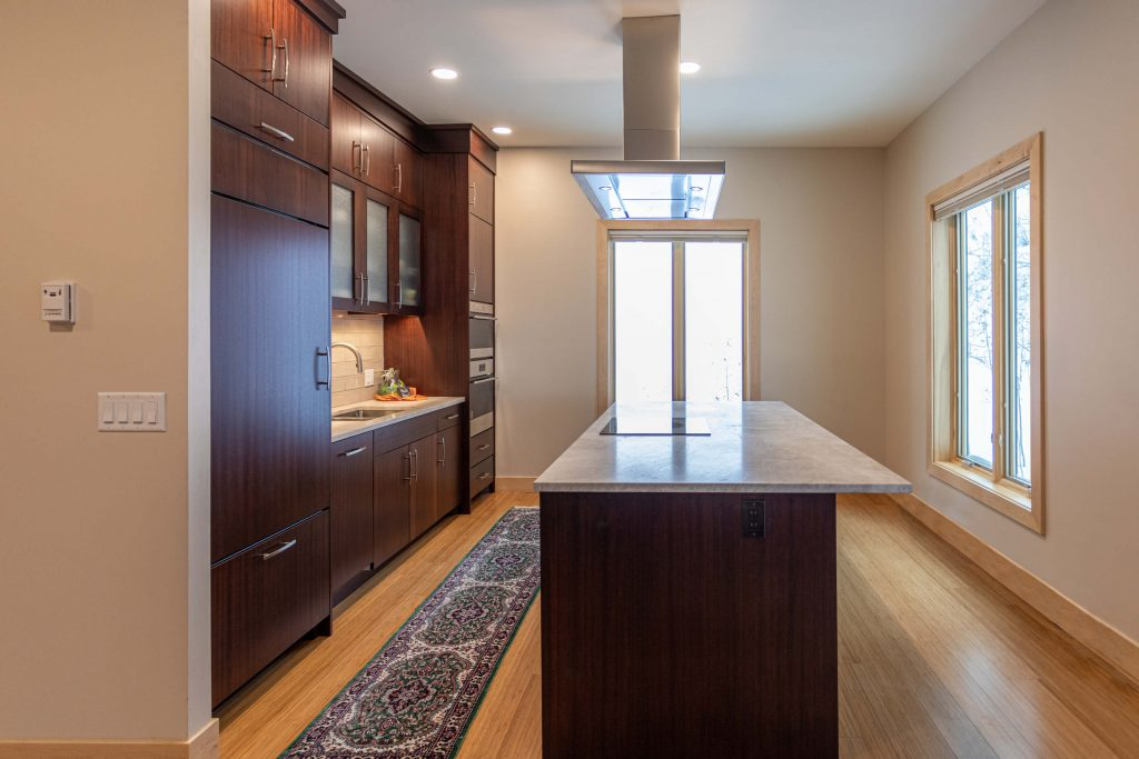 Sandy Kitchen Remodeler for Island Finished Countertop
