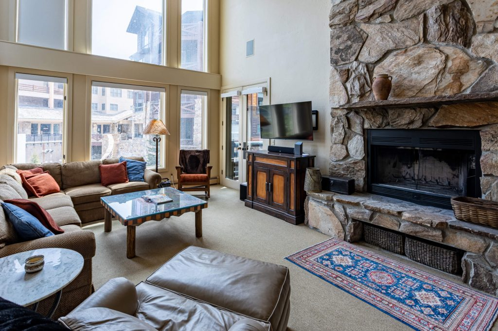 Park City Condo Remodeler for updated Living Room